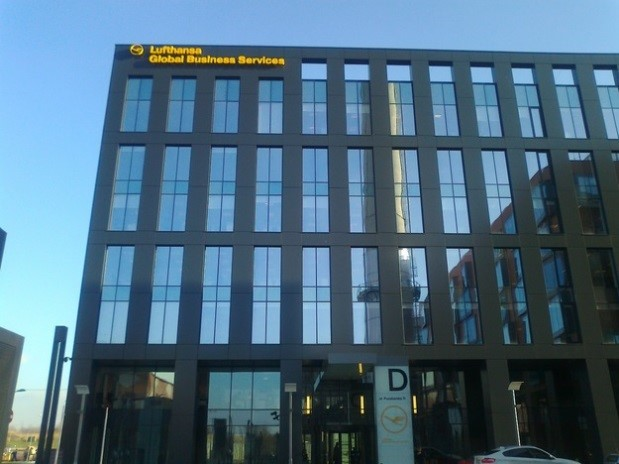 Budynek biurowy D  w kompleksie Bonarka for Business - montaż systemu klimatyzacji VRF firmy FUJITSU<br />