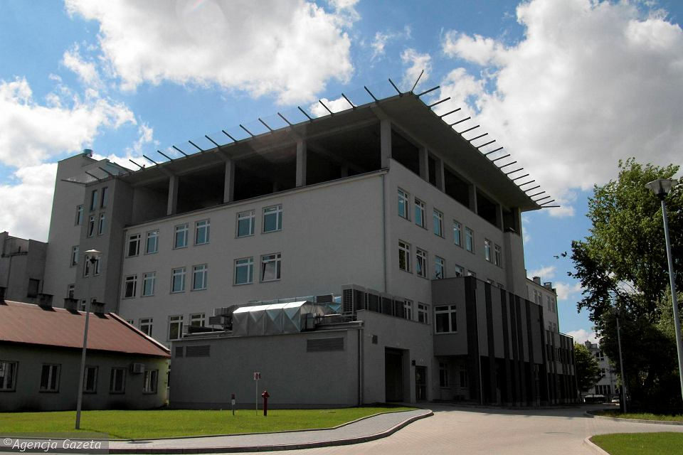 Szpital Kielecki św. Aleksandra Sp. z o.o. - dostawa agregatów skraplających oraz układów Split i Multi Split firmy MDV